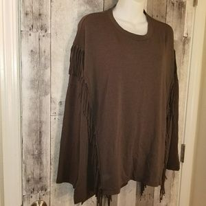 Marenie urban outfitters over sized fringe top 1x